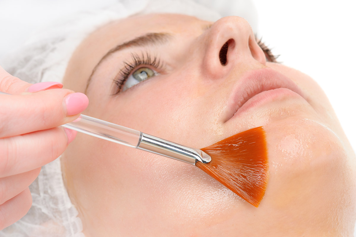 Clinica de Esthetica: Tratamento Peeling Químico